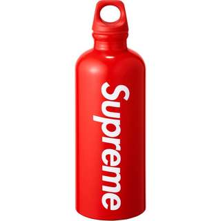 Supreme SIGG bottle 0.6L Red HYPE BRAND NEW