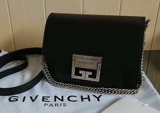 2018新款 Givenchy GV3 Mini Crossbody bag