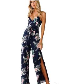 Jumpsuit with slit (backless)