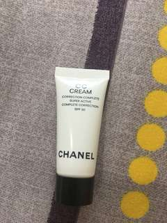 🚚 Chanel CC Cream Correction Complete Super Active Complete Correction