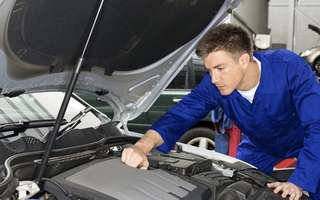 1-Session Car Servicing with Engine Flush and Treatment