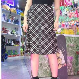 「黑白色 格子 格紋 古著 復古 裙子@一中 舊到過去 腰: 30inch 長: 61cm」