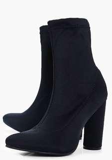 Sz 10 boohoo boots