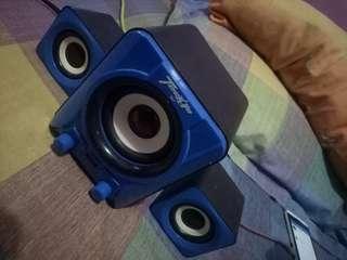 Speaker usb