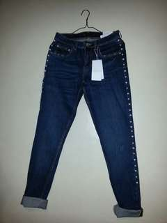 Brand New Zara jeans with faux pearls