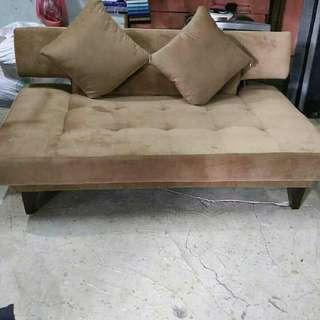 Bisa kredit sofa bed