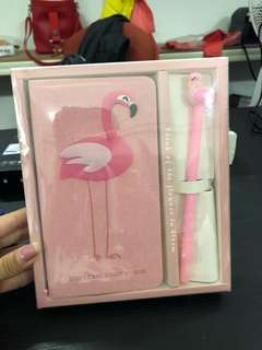 488•pink flamingo book and pen