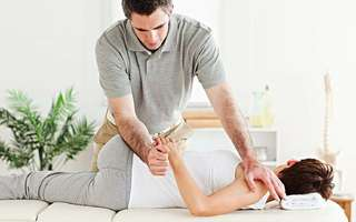 Chiropractic Treatment with Full Consultation for 1 Person (2 Sessions)