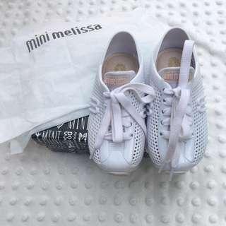 Preloved mini melissa size 8