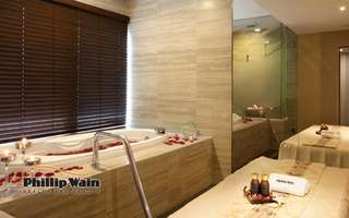 1-Day Spa Indulgence with Full Body Massage for 1 Person