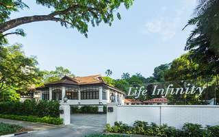 2-Hour Infinity Gold Spa Retreat for 2 People (1 Session)
