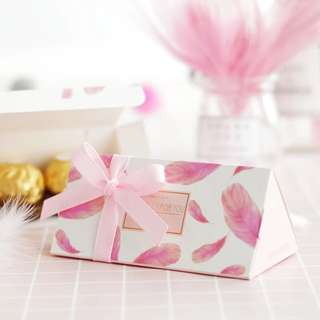 Lovely pink Door Gift Favors Box with Ribbon