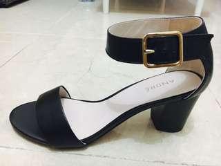 New Block heel sandals