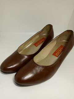 Sepatu Wani
