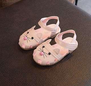 Girls sandal (size 23)