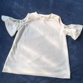 Cold shoulder Top / Off Shoulder Top