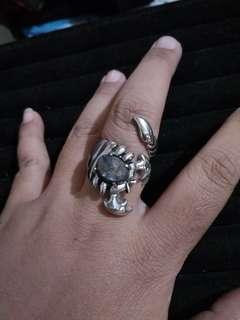 Sapphire Scorpion ring
