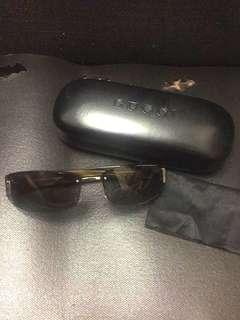Gucci sunglass 太陽眼鏡