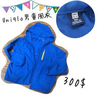 🚚 Uniqlo男童風衣