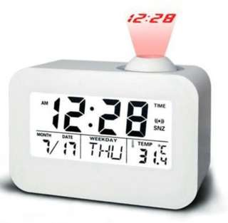 (446) Multi-function Digital LED Voice Talking Projector Clock Alarm Clock with Calendar Temperature LED Backlight