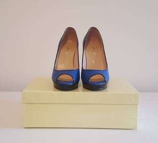 Blue peep toe pumps
