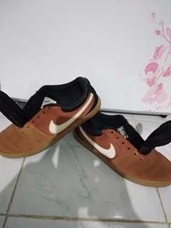 Jual sepatu Nike SB original