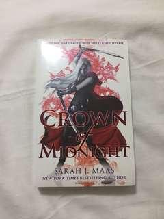 Crown of midnight Sarah j Maas