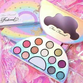 TOO FACED PELANGI - TOO FACED LIFE'S A FESTIVAL UNICORN PALETTE