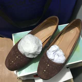 Naturalizer suede flat shoes