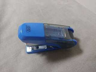 🚚 BRAND NEW EASY 10 EASY CLICK STAPLER @ $3 ONLY!!!