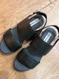 🚚 Steve madden平底涼鞋23cm
