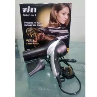 Braun Satin Hair 7 Hair Dryer With Diffuser And IONTEC Technology - Designed For 100% Damage-free Drying