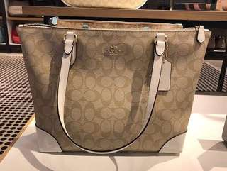 AUTHENTIC COACH (F29208)