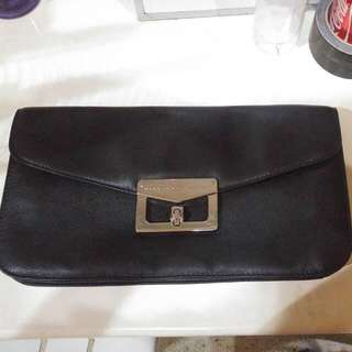 ‼️SALE Marc Jacobs Leather Clutch (Large) SALE‼️
