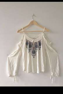 Abercrombie & Fitch off-shoulder Top (size S)