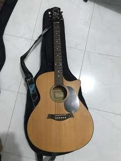 J&D auditorium solo semi acoustic guitar