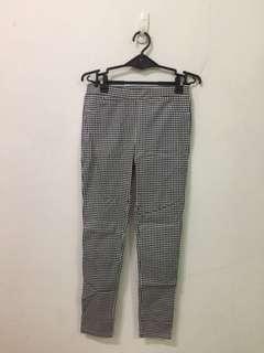 🚚 Queen shop 小格紋內搭褲