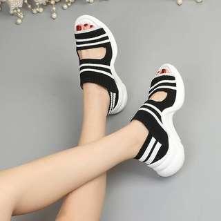 #男女服飾百貨鞋襪類商品   #葆李廠 CL-043310718840 #L李的鞋子  彈力透氣涼鞋