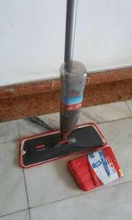 Rubbermaid 'reveal 'spray microfiber mop