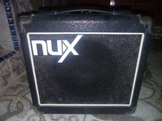 Nux mighty 8 8watt amplifier speaker