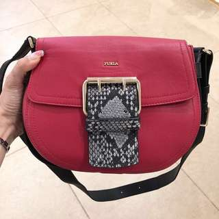 🔥Outlet價 包順豐🔥全新FURLA Hashtag Leather Crossbody Bag, Red/Blk