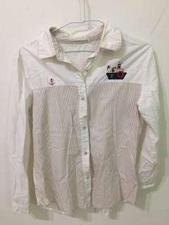 🚚 白色條紋薄襯衫