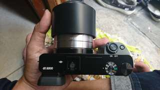 sony mirrorles a6000 + kit + fix sony e 50mm 1.8