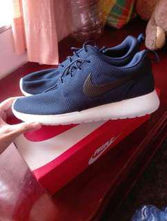 Original Nike Roshe One shoes