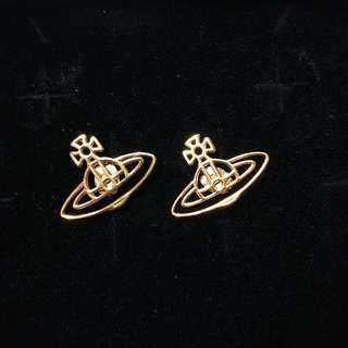 Vivienne Westwood earrings (耳環)