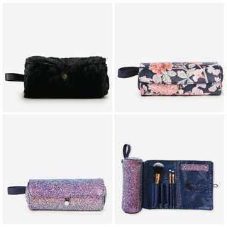 Roll up cosmetics bag