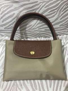Longchamp Le Pliage Beige (Medium Short Handle) 💯Authentic