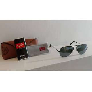 Rayban Sunglasses RB3025 Large Classic Green/Dark Lens