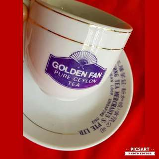 Rare Vintage Golden Fan Pure Ceylon Tea Kopitiam Cup & Saucers by Ong Sam Yong Tea Merchants (Singapore District code 0512). It has Chinese Words, English Words and Logo.  Good Condition, no chip no crack. $98 Offer, sms 96337309.