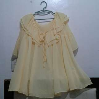 PLUS SIZE YELLOW TOP FROM JAPAN